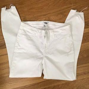 PAIGE Verdugo skinny white jean w/raw  Hem 30